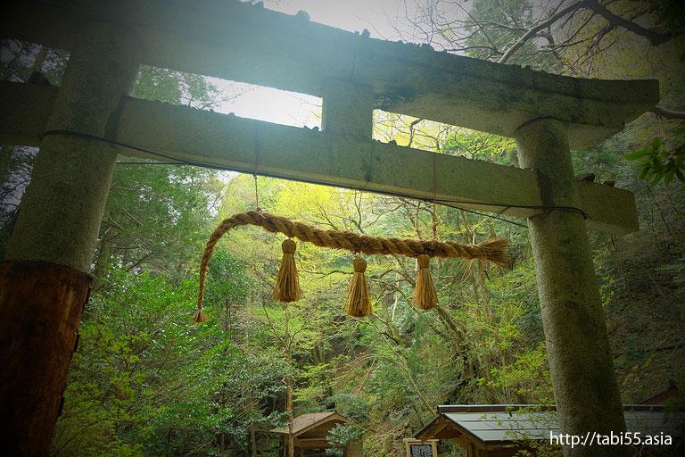 壇鏡神社の鳥居(隠岐の島町/島後)