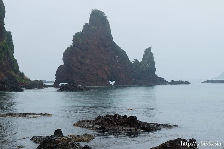 明屋海岸(島根県海士町/中ノ島)/Akiya Coast (Shimane Ama Town / Nakanoshima)