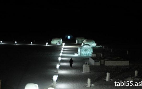 【夜】然別湖コタンで、氷上露天風呂+アイスバー