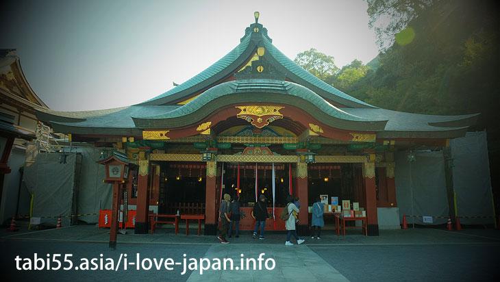 Do not miss Iwasaki Shrine and Okaguraden