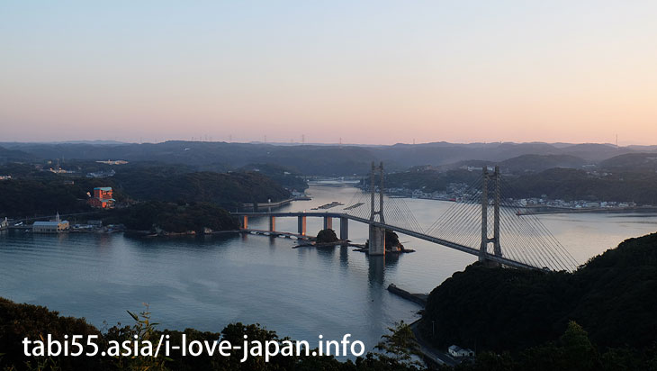 Look at the Yobuko Bridge from the wind-visible hill park (Kabejima)